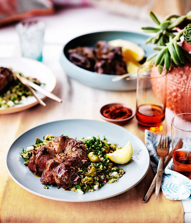 Spiced lamb with cracked wheat and green olive salad