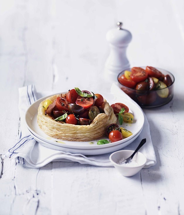"[**Tomato, thyme and pancetta tartlets**](https://www.gourmettraveller.com.au/recipes/fast-recipes/tomato-thyme-and-pancetta-tartlets-13130|target=""_blank"")"
