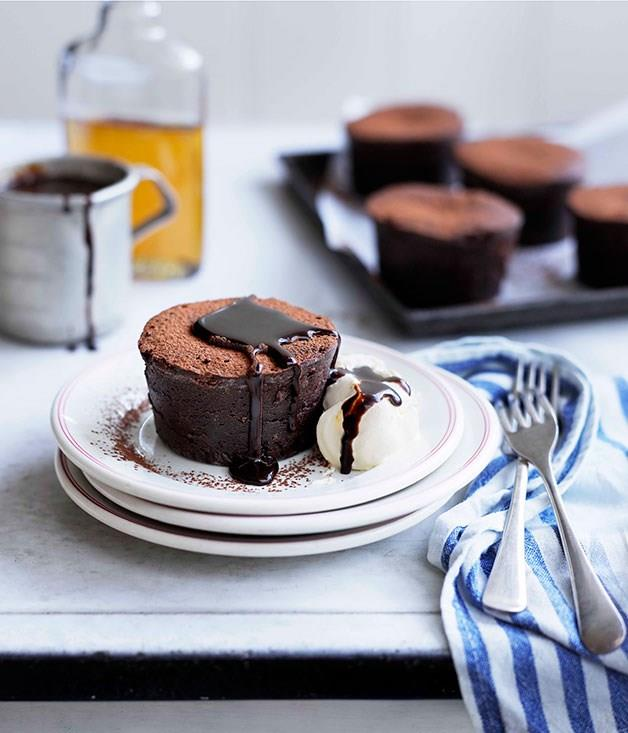 "[**Mississippi mud cakes**](https://www.gourmettraveller.com.au/recipes/browse-all/mississippi-mud-cakes-10996|target=""_blank"")"