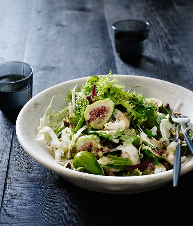 **Salad of figs, scampi arrosto and salsa delicata**