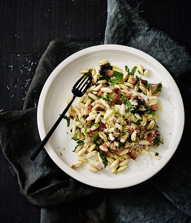 """[Cavatelli with pancetta, mint, figs and pecorino](http://www.gourmettraveller.com.au/recipes/browse-all/cavatelli-with-pancetta-mint-figs-and-pecorino-12214