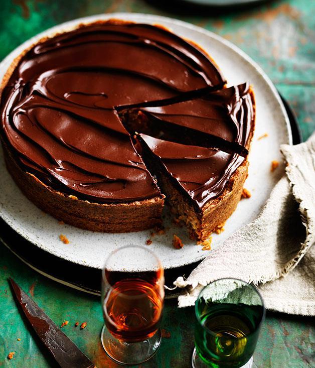 "**[Walnut and almond cake](https://www.gourmettraveller.com.au/recipes/chefs-recipes/walnut-and-almond-cake-8239|target=""_blank"")**"