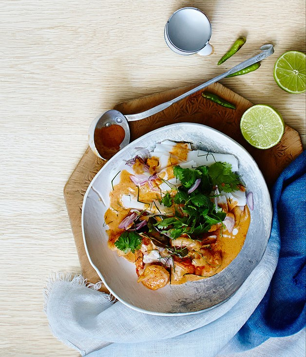 Prawns in red curry sauce with rice noodles and three other quick meals with coconut milk