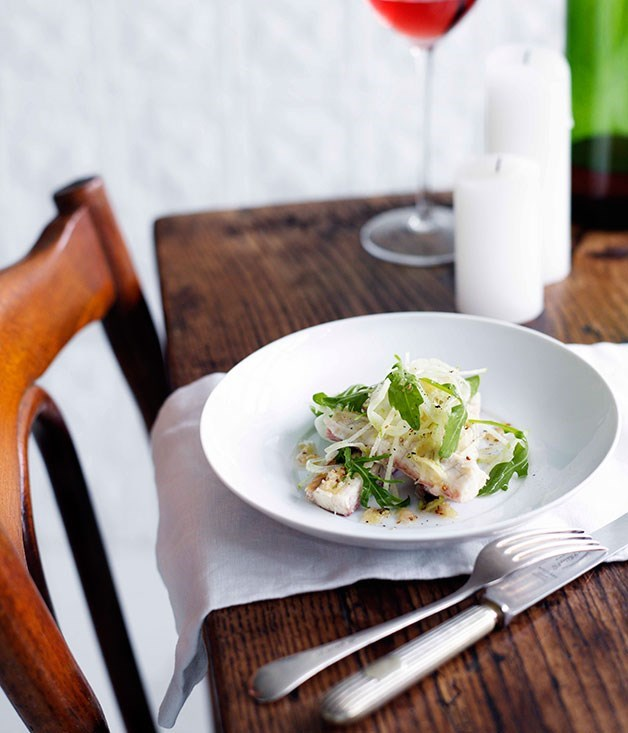 **Smoked eel, apple and rocket salad**