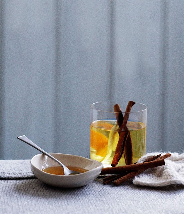 **Spiced hot apple cider**