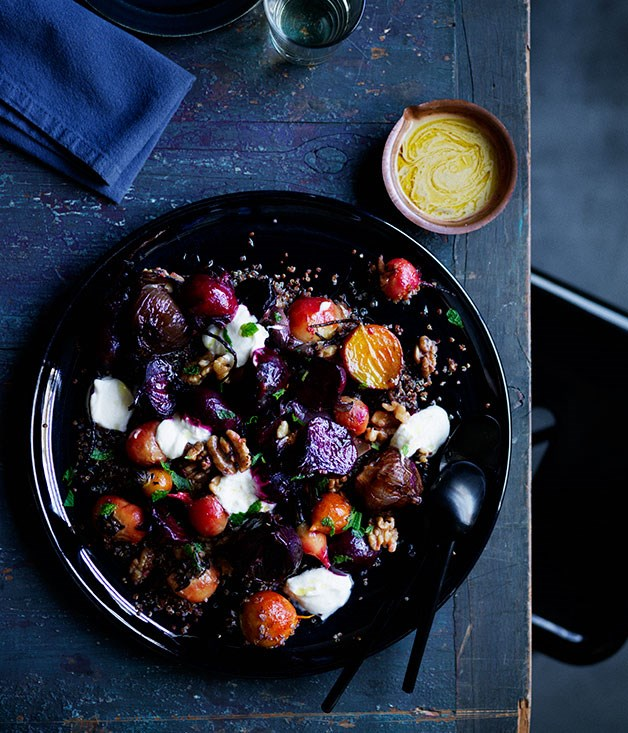 Roasted beets and onions with yoghurt, quinoa and walnuts