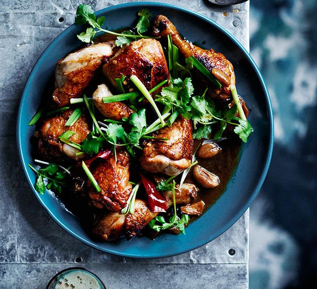 Black-beer chicken with ginger, garlic and soy sauce