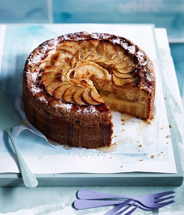 "[**Apple-vanilla teacake with thick vanilla custard**](https://www.gourmettraveller.com.au/recipes/browse-all/apple-vanilla-teacake-with-thick-vanilla-custard-12011|target=""_blank"")"