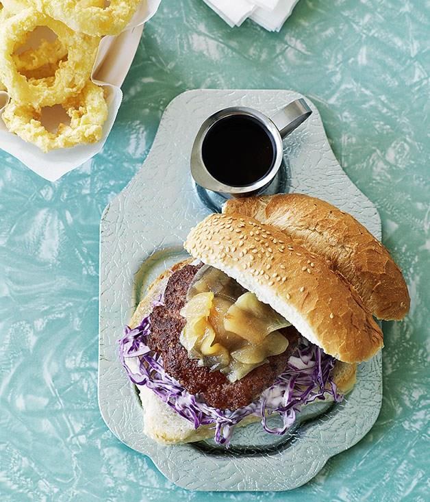 **Pork burgers with pear relish and onion rings**
