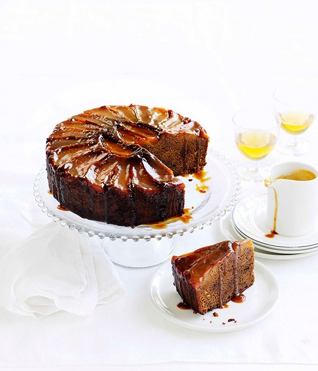 **Ginger and pear cake with caramel and clotted cream**
