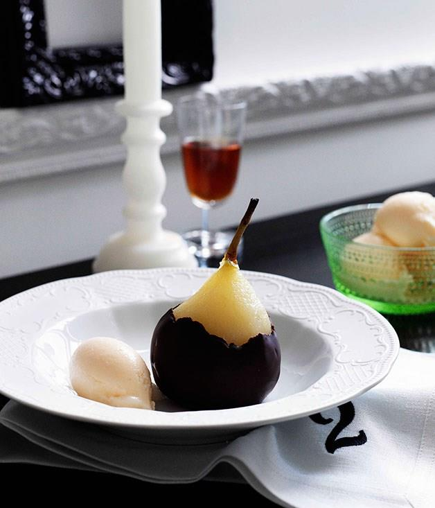 **Poached pears with Gorgonzola dolcelatte gelato**