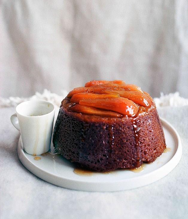 **Steamed pear and ginger pudding**