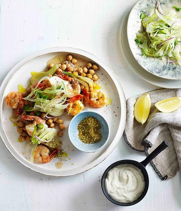 **Spiced prawns with chickpeas and fennel salad**
