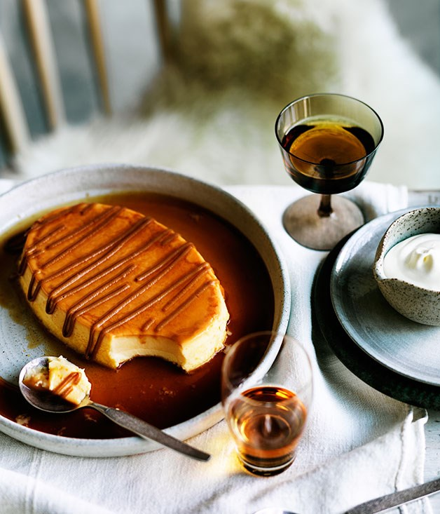 Milk flan with dulce de leche and whipped cream