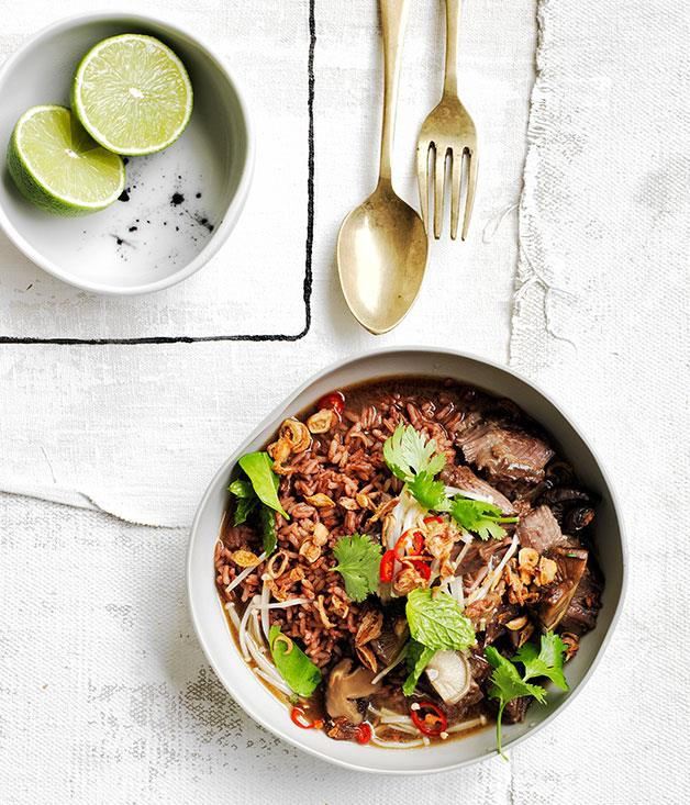 "**[Braised beef short ribs with red rice and mushrooms](https://www.gourmettraveller.com.au/recipes/browse-all/braised-beef-short-ribs-with-red-rice-and-mushrooms-12275|target=""_blank"")**"