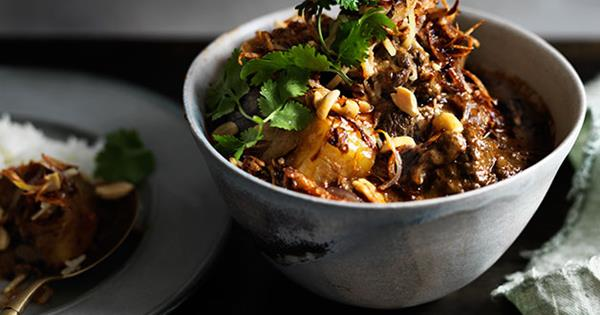 Beef And Potato Massaman Curry Recipe Gourmet Traveller