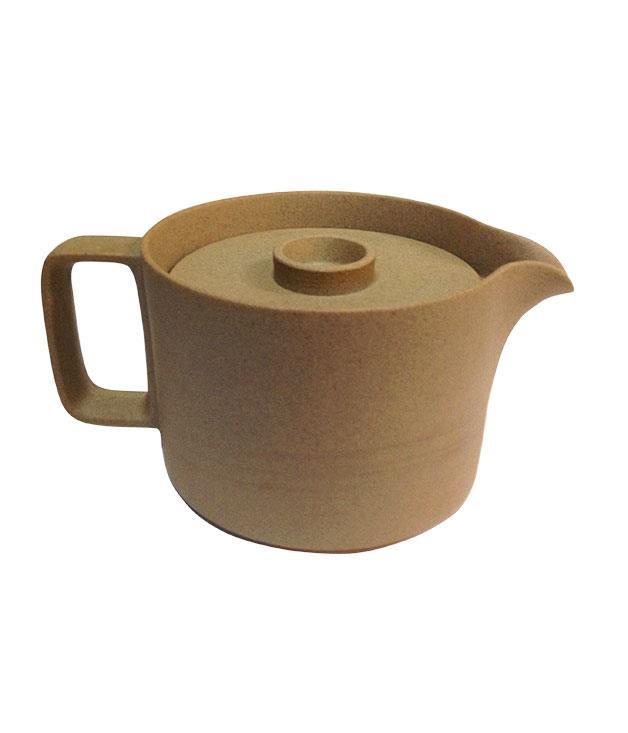 "**Hasami teapot** Hasami porcelain teapot, $80, from [Third Drawer Down](http://www.thirddrawerdown.com ""Third Drawer Down"")."