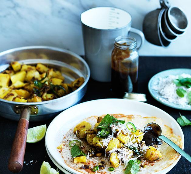 Dosai with spiced potatoes and tamarind chutney