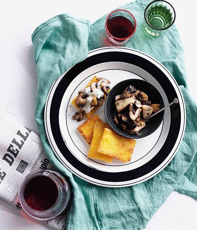 **Fried polenta with mushrooms and Gorgonzola**