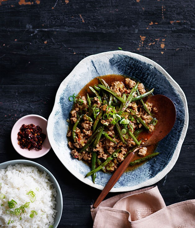 Chinese-style stir-fried pork and beans