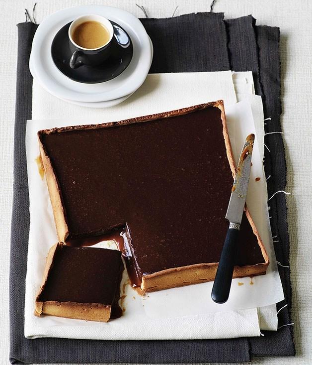 **Chocolate-caramel tart**