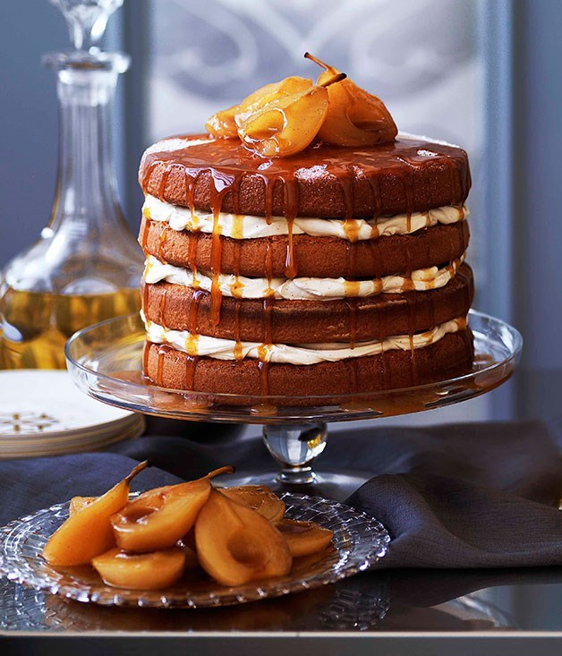 **Brown sugar sponge cake with caramel pears**
