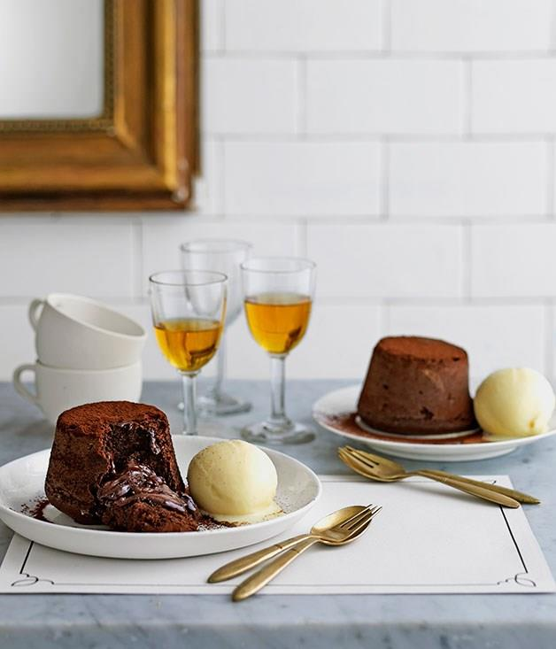 "**[Chocolate moelleux](https://www.gourmettraveller.com.au/recipes/chefs-recipes/chocolate-moelleux-9145|target=""_blank"")**"