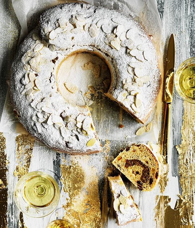 "[**Stollen**](https://www.gourmettraveller.com.au/recipes/browse-all/stollen-12126 target=""_blank"")"