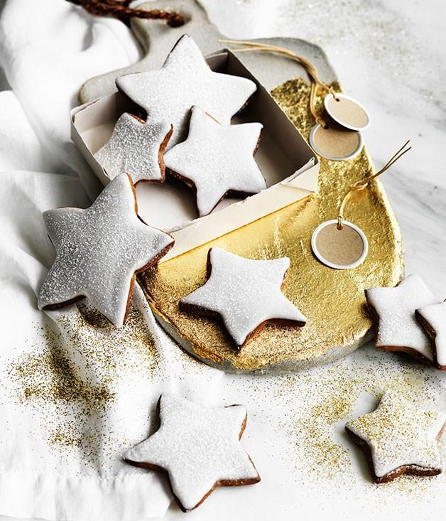 "[**Gingerbread stars with buttermilk icing**](https://www.gourmettraveller.com.au/recipes/browse-all/gingerbread-stars-with-buttermilk-icing-12127|target=""_blank"")"