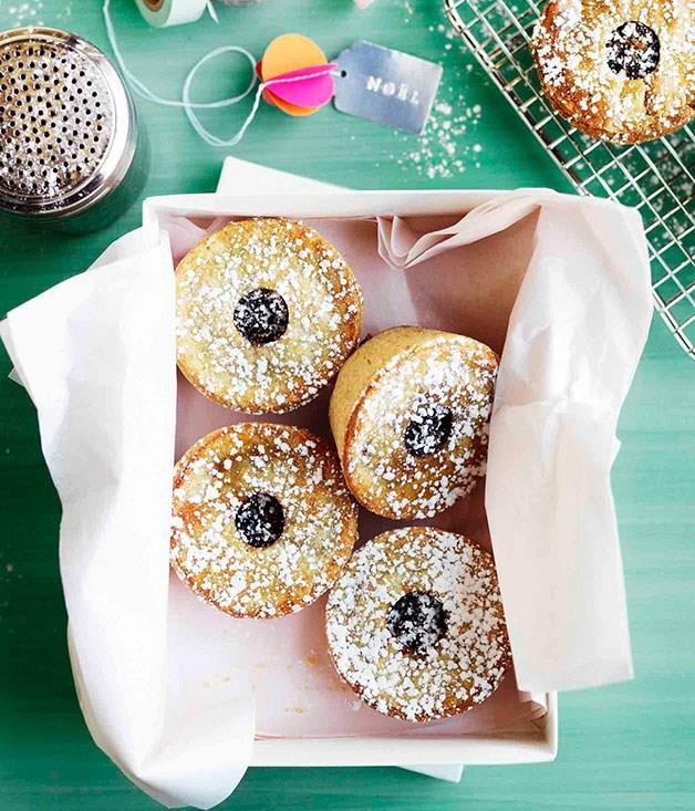 "[**Burnt butter fruit mince tartlets**](https://www.gourmettraveller.com.au/recipes/browse-all/burnt-butter-fruit-mince-tartlets-11152 target=""_blank"")"