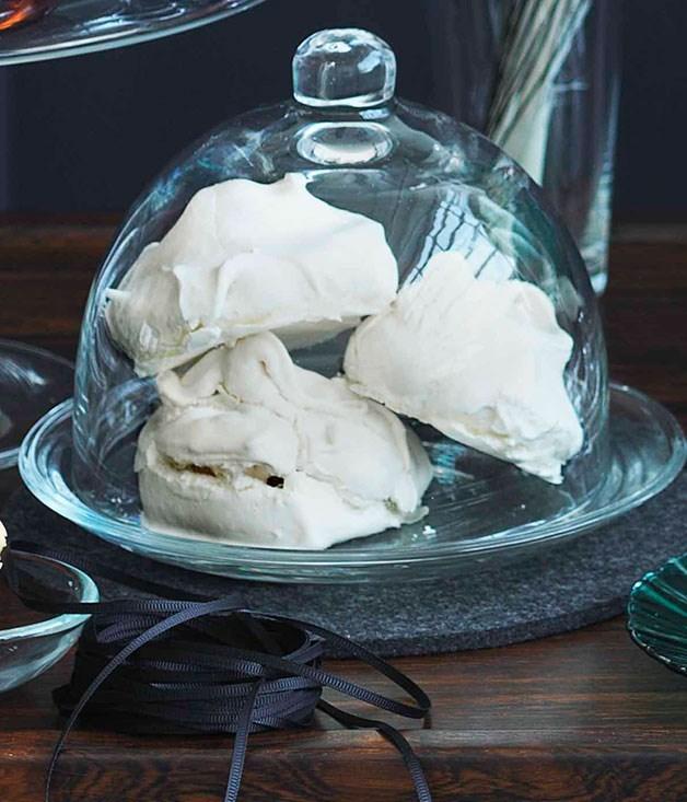 **Little meringues**