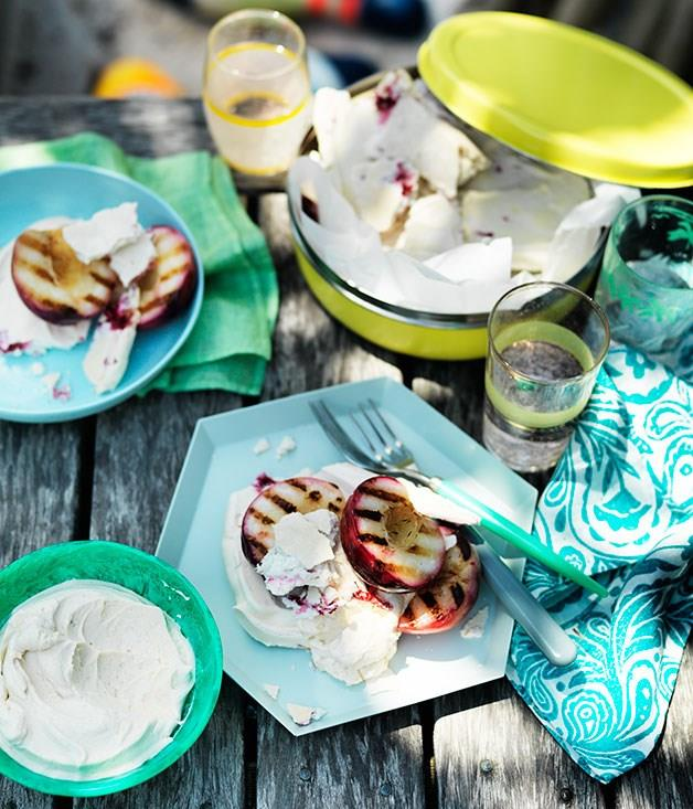 **Grilled nectarines with raspberry meringue and yoghurt**