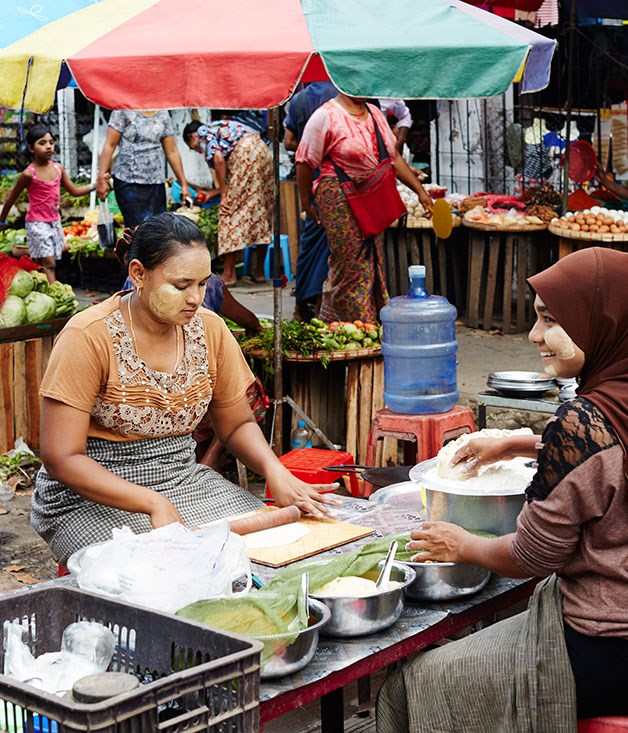**** Markets in the old colonial area of Yangon