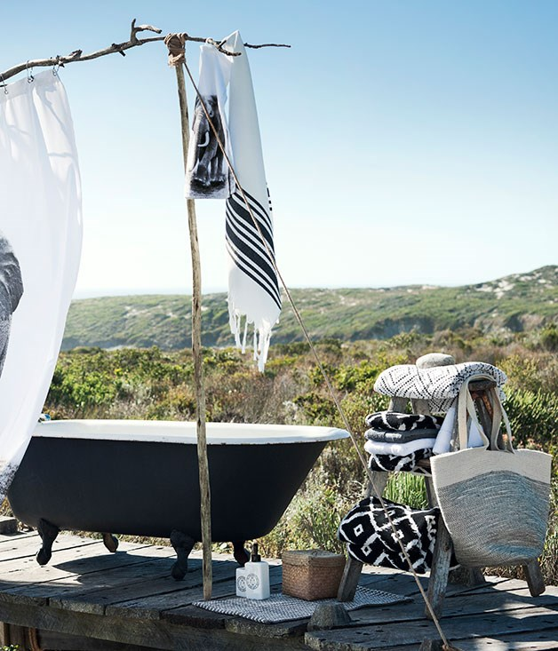 **Out of Africa** Graphic black and white towels, a summer sarong and smaller items for the bathroom.