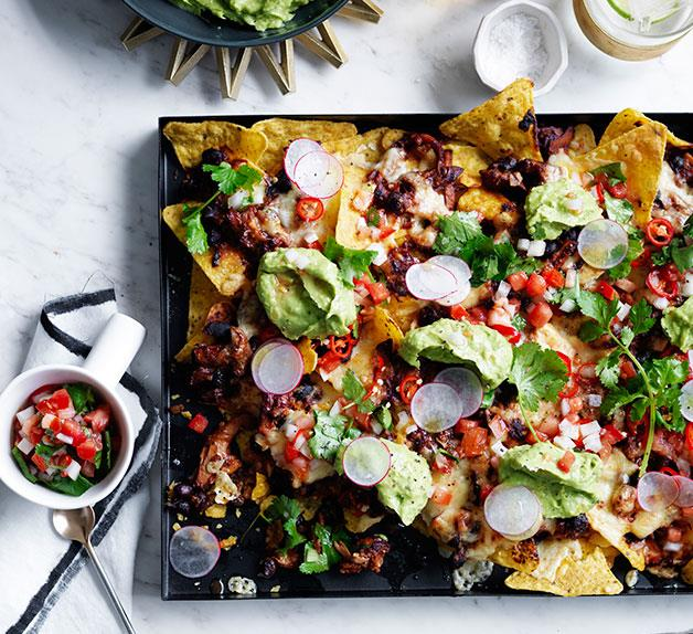 Pulled chicken and black bean nachos