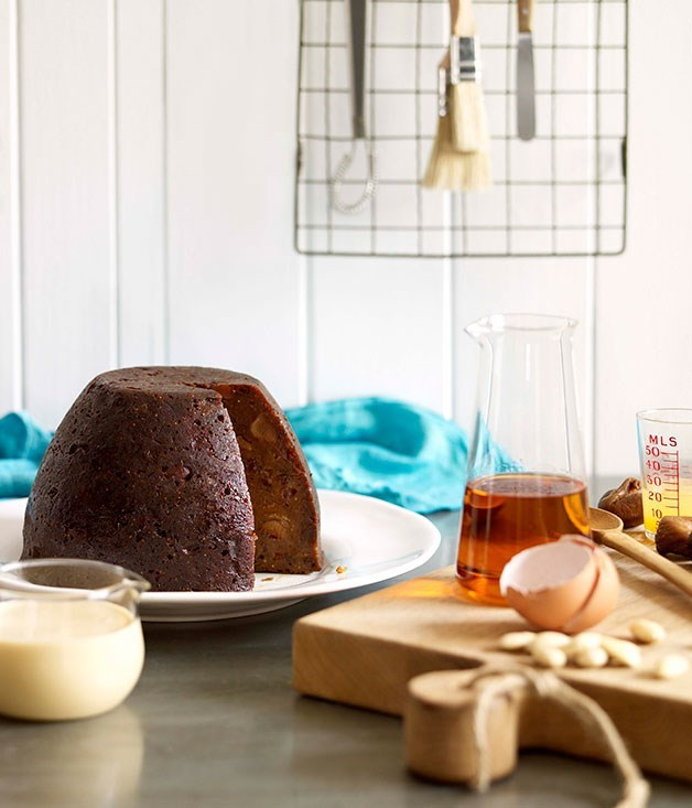 **Classic boiled Christmas pudding**