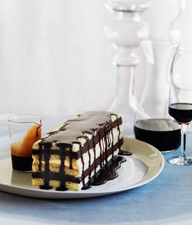 **Mocha layer cake**