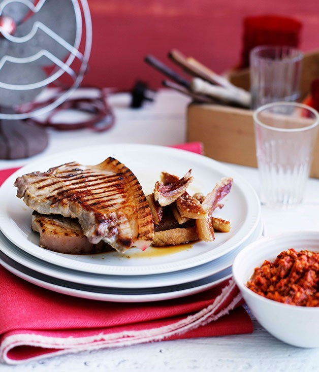 **Pork chops with romesco and crackling**