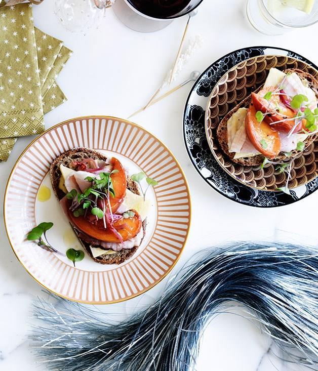 """[**Ham and vintage cheddar sandwiches with peach relish**](https://www.gourmettraveller.com.au/recipes/browse-all/ham-and-vintage-cheddar-sandwiches-with-peach-relish-11817