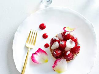 Raspberry and lychee tarts