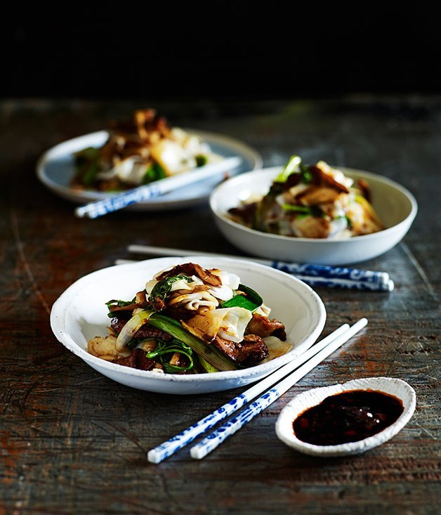 "[Stir-fried beef with rice noodles and mushrooms](https://www.gourmettraveller.com.au/recipes/fast-recipes/stir-fried-beef-with-rice-noodles-and-mushrooms-13487|target=""_blank"")"