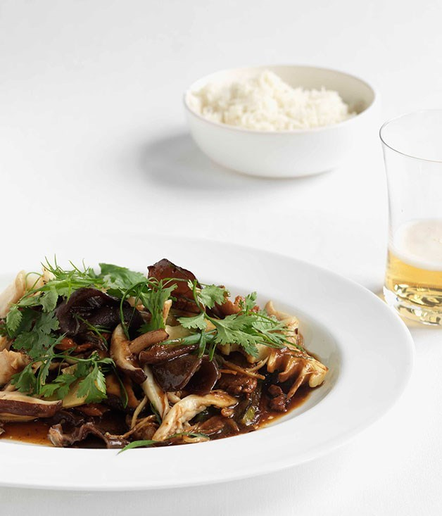 "[Stir-fried chicken and Chinese mushrooms](https://www.gourmettraveller.com.au/recipes/fast-recipes/stir-fried-chicken-and-chinese-mushrooms-13121|target=""_blank"")"