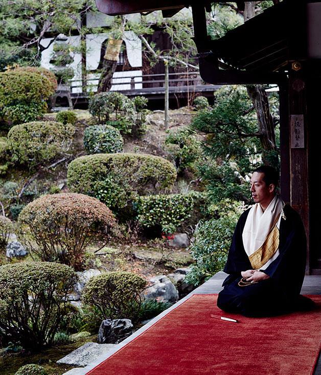 **** Monk Eigen Onishi at Kiyomizu-dera temple, overlooking the garden at Joju-in.