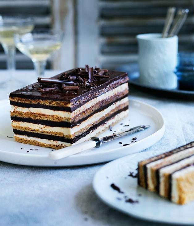 "[**Gâteau Opéra**](https://www.gourmettraveller.com.au/recipes/browse-all/gateau-opera-12355|target=""_blank"")"