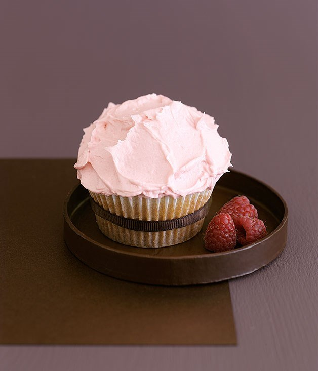**White Chocolate Cupcakes With Raspberry Frosting**