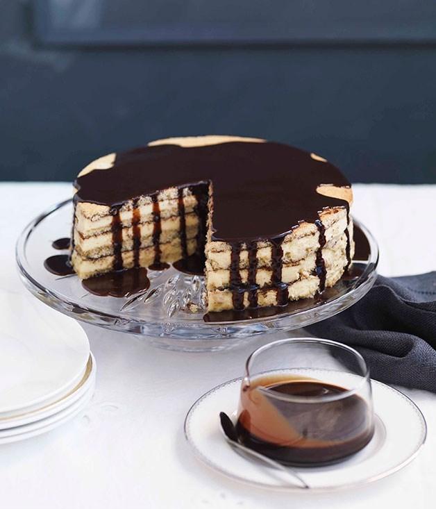 **Almond And White Chocolate Gâteau With Bitter Chocolate Glaze**