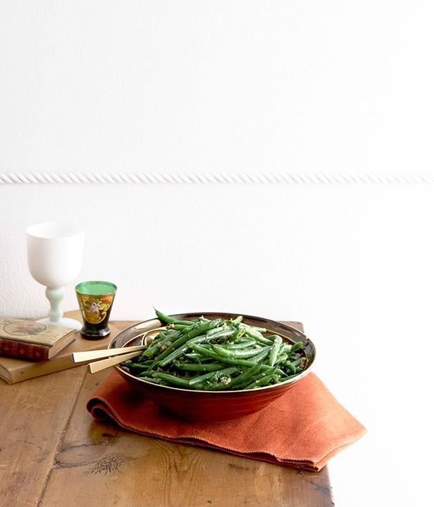 **Green Bean And Walnut Salad**