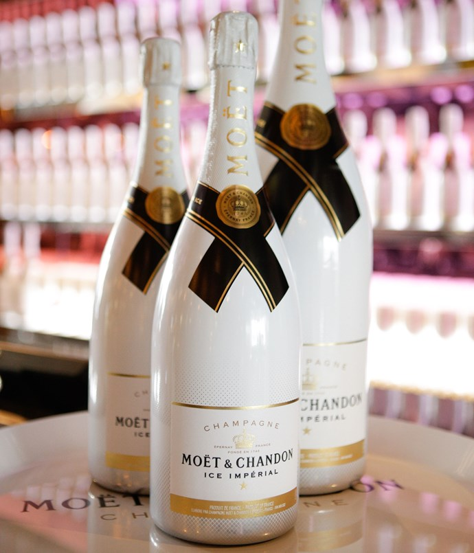 ****  Guests enjoyed Moët Ice Impérial throughout the evening.