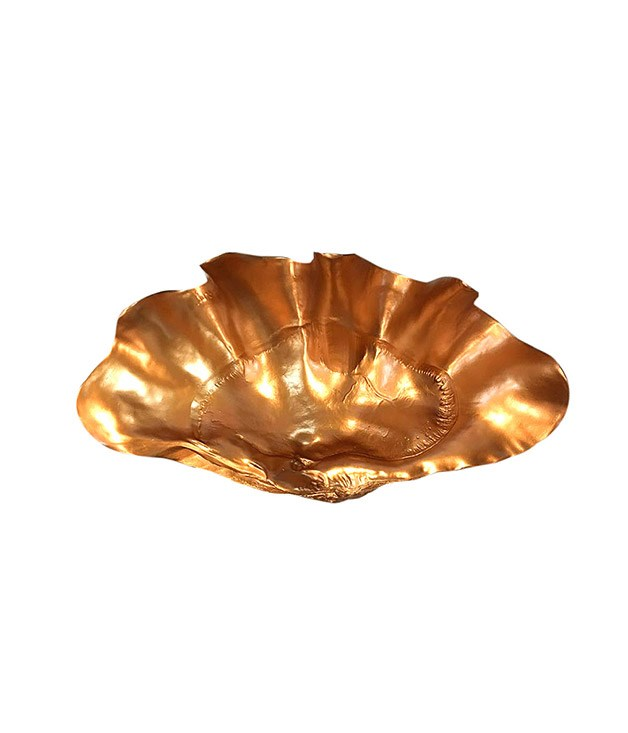 """**My Island Home copper clam shell** Imagine this oversized [copper clam](http://www.myislandhome.com.au/item.mibiznez?id=5233 """"My Island Home"""") filled with bright green limes, and then tell us you're not in love. _$295_"""