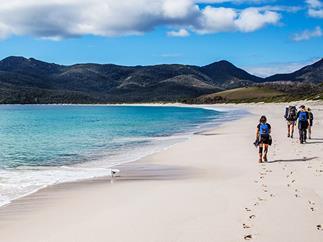 Hiking Tasmania's Freycinet Peninsula